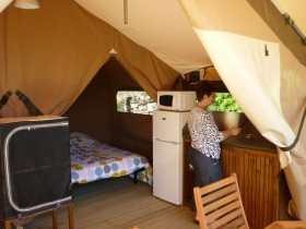 lodges-camping-ardeche-vagnas-02