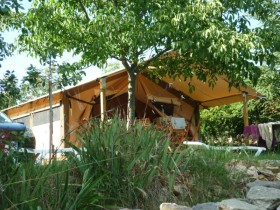 lodges-camping-ardeche-vagnas-09